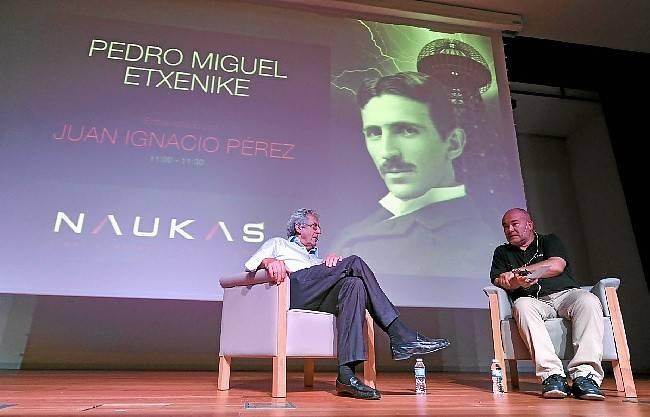#Naukas13 Entrevista a Pedro Miguel Etxenike