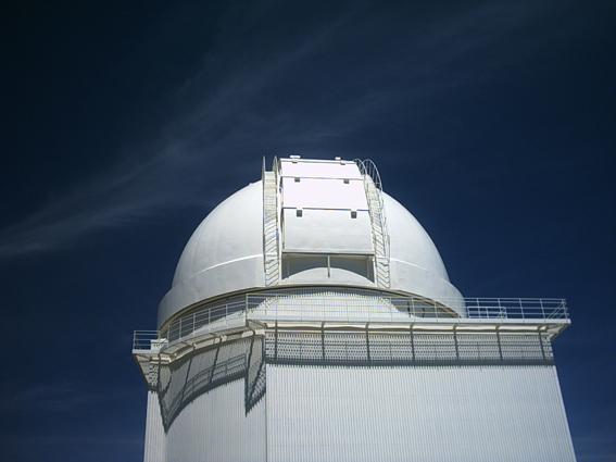 Una de las cúpulas del Observatorio de Calar Alto. Foto: CSIC
