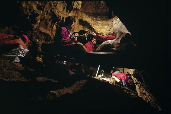 Excavaciones en la Sima de los Huesos. Foto: Javier Trueba-Madrid Scientific Films.