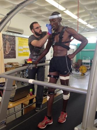 Los corredores de élite kenianos oxigenan su cerebro de forma diferente