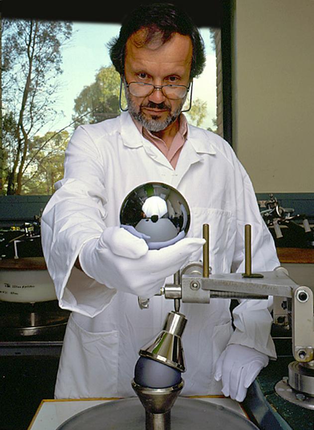 El kilogramo de Planck cada vez más próximo