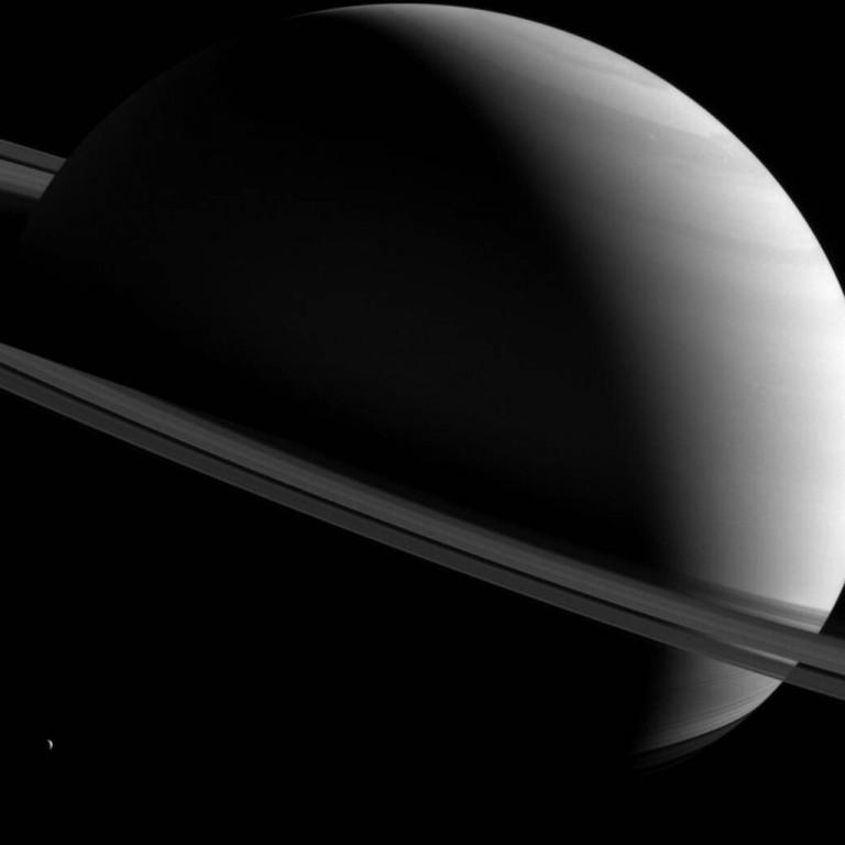 ¿Y si los dinosaurios se hubieran extinguido antes de que se formaran los anillos de Saturno?