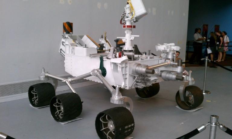 ¿Por qué el Rover Curiosity es más lento que un caracol?