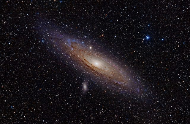 andromeda_galaxy_with_h-alpha
