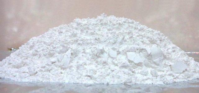 Calcita en polvo con un 95 % de pureza para uso industrial. Se vende a unos 30 € la tonelada.