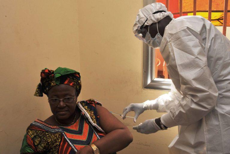 El temor en los tiempos del ébola, por Guillermo Quindós