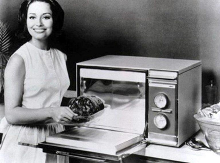 El microondas es seguro, lo que hace es calentar