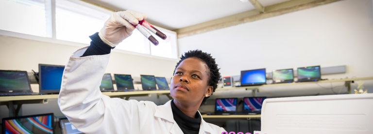 Colonialismo científico: los investigadores africanos se rebelan contra el expolio de datos genéticos