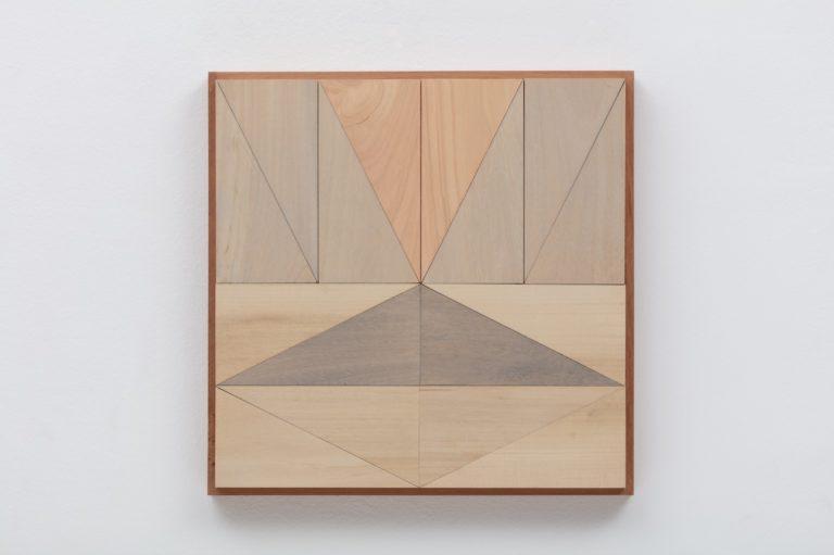 Arte y geometría del triángulo rectángulo: Broken Lights