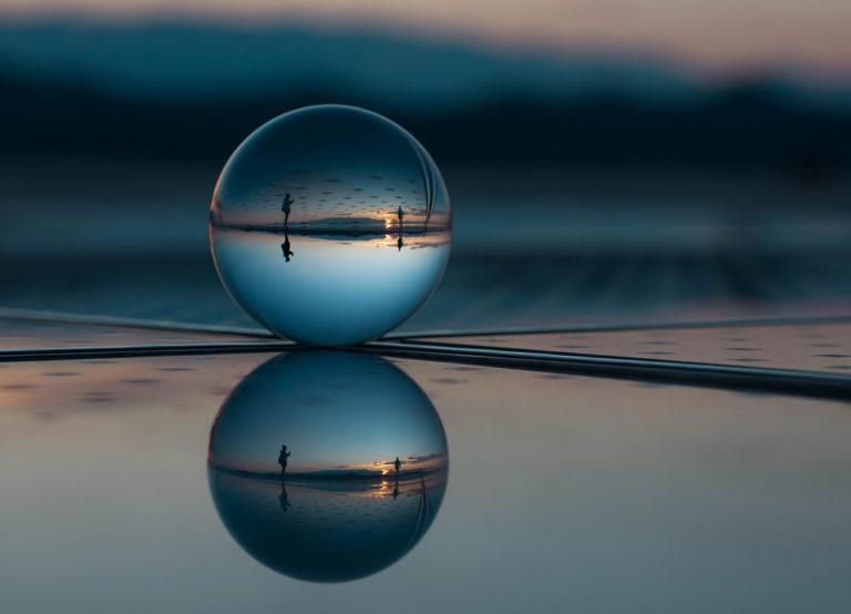 Reflexión y refracción de la luz