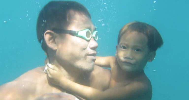 ¿Podría un humano vivir en el mar?