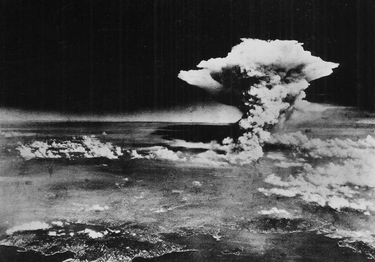 Cómo la bomba atómica condicionó nuestra comprensión de la ciencia