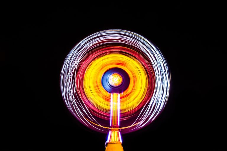 Las ondas electrónicas y la estructura atómica