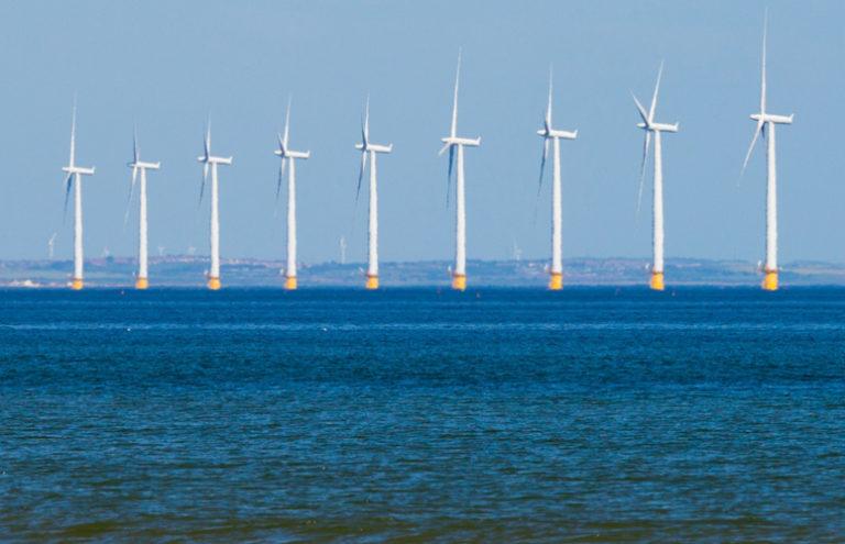 Generada en plataformas eólicas marinas, desembarcada como hidrógeno