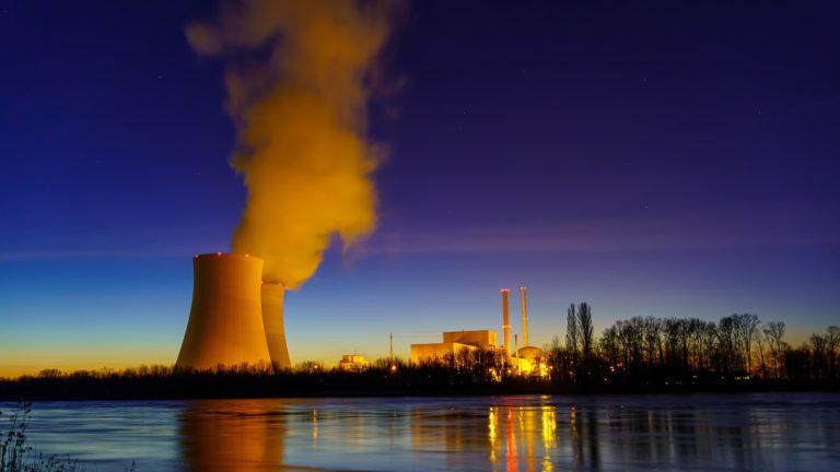 Alfredo García – Naukas Bilbao 2019: Derribando mitos sobre la energía nuclear