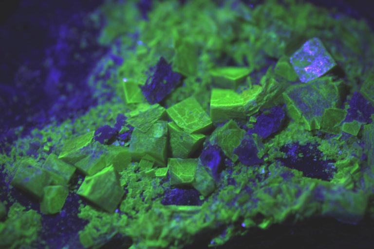 Primeros experimentos con el uranio