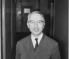 """Henri Cartan, un """"bourbakista"""" especialista en teoría de haces"""