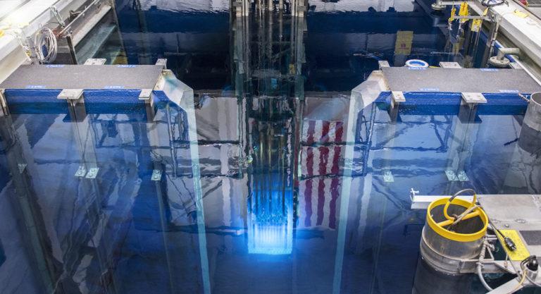 Control de la reacción nuclear en cadena (1): tamaño crítico