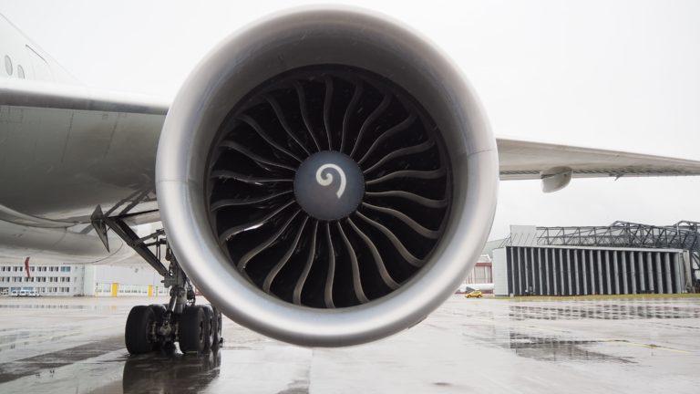 Actúa localmente: impresión 3D de piezas aeronáuticas de titanio