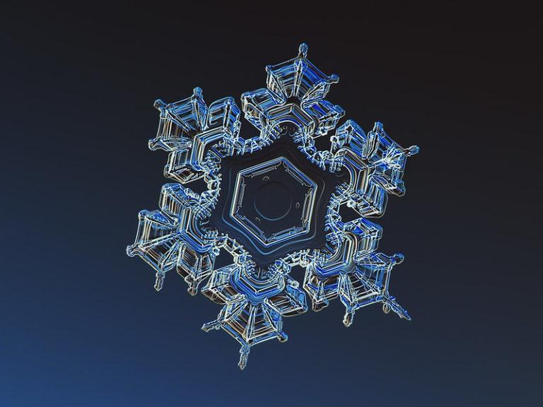 Kepler y la simetría de los copos de nieve