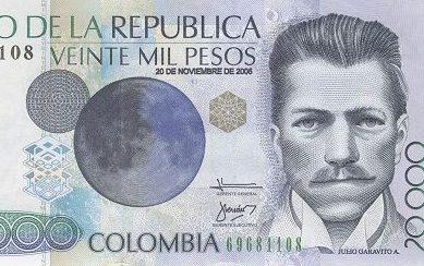 Julio Garavito, con la mirada en la Luna