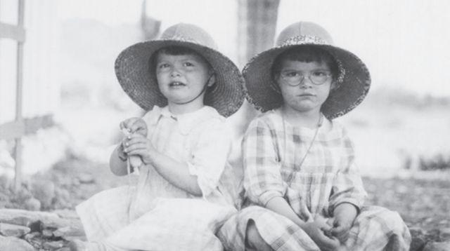 Constance Reid y Julia Robinson, las hermanas Bowman